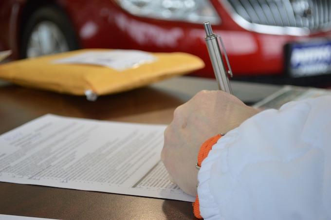 消費者金融の審査で収入証明書が必要になる3つのケース
