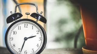 プロミスとオリックス銀行カードローンの審査時間を徹底比較