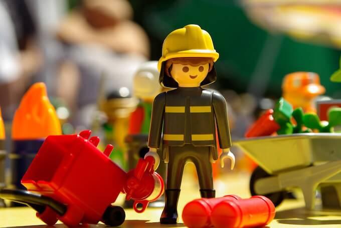 消防士が医療費としてすぐにお金を借りるならカードローン