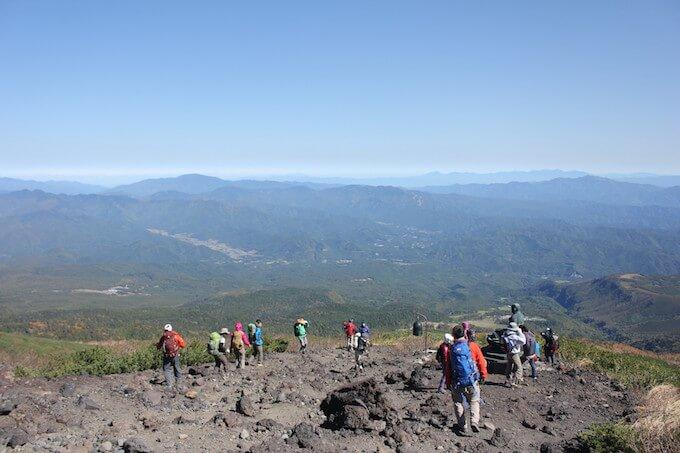 山登りを始める人が今すぐ登山グッズを揃えるならカードローン