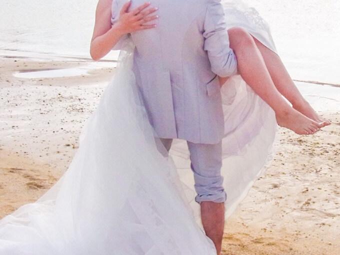 結婚式の前撮り写真の費用を借りるならプロミスカード
